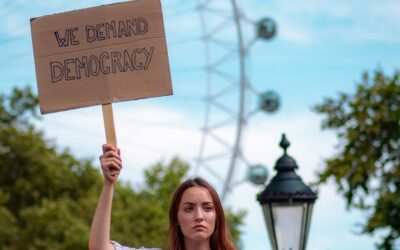 Demokratie-Initiative für die Wirtschaft startet mit sechs Pilotunternehmen